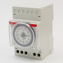 Таймер электро-механический ABB AT3-R 220